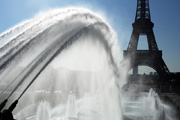 Fountains and Eiffel tower, Paris