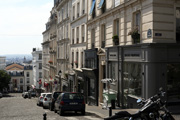 Discovering Montmartre streets in Paris